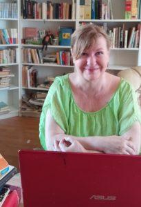 lektorka Eva a laptop